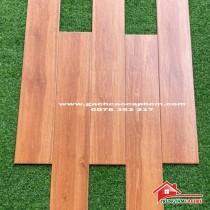 Gạch lát nền giả vân gỗ nâu đỏ 15x80 nhập khẩu cao cấp giá rẻ