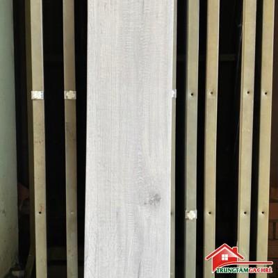 Gạch giả vân gỗ xám trắng cao cấp 20x100 đẹp
