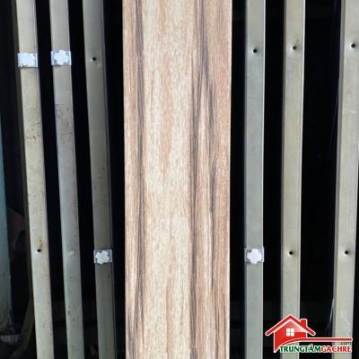 Gạch giả gỗ 15x80 trung quốc giá rẻ