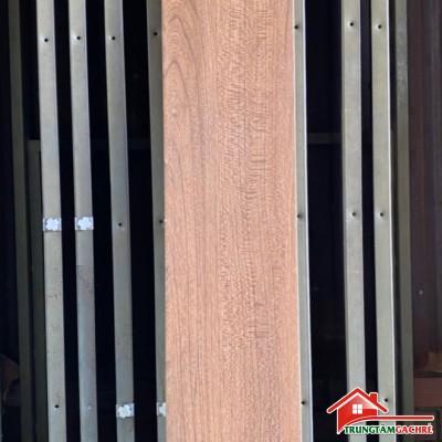 Gạch lát nền giả gỗ nâu vàng 20x120 nhập khẩu cao cấp giá rẻ