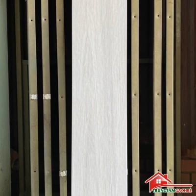 Gạch giả gỗ trắng xám gi 20x120 lát nền cao cấp giá rẻ