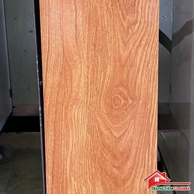Gạch giả vân gỗ vàng nâu 15x80 vân đẹp giả gỗ tự nhiên
