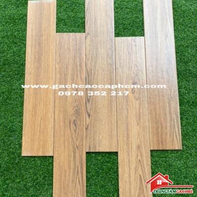 Mẫu gạch giả gỗ 15x80 vân tự nhiên lát nền phòng khách đẹp sang trọng
