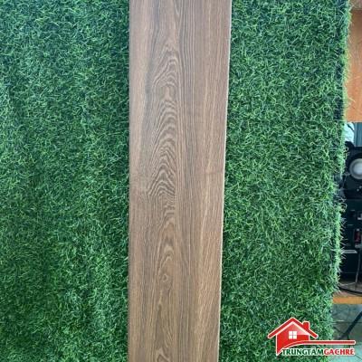 Gạch giả gỗ 15x80 màu xám đậm lát nền phòng ngủ chống trơn